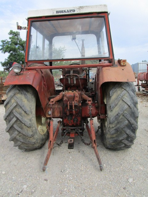 TRACTEUR INTERNATIONAL 834