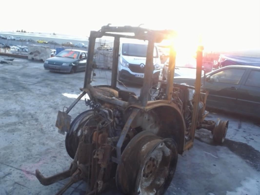 TRACTEUR NEW HOLLAND T4030N