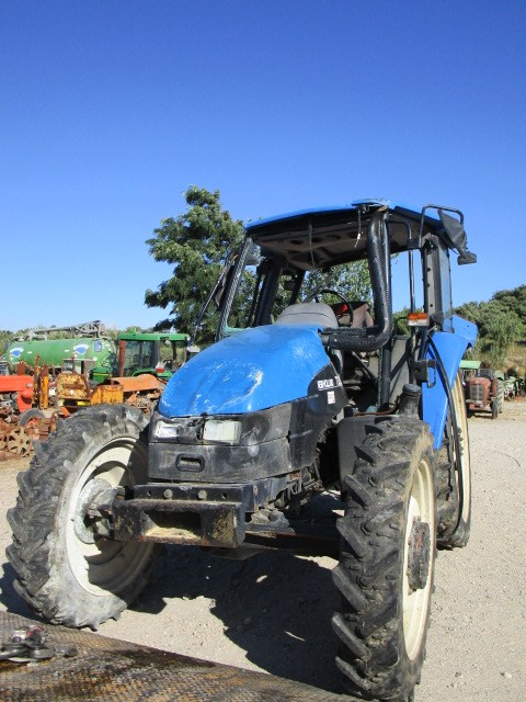 TRACTEUR NEW HOLLAND TL 80