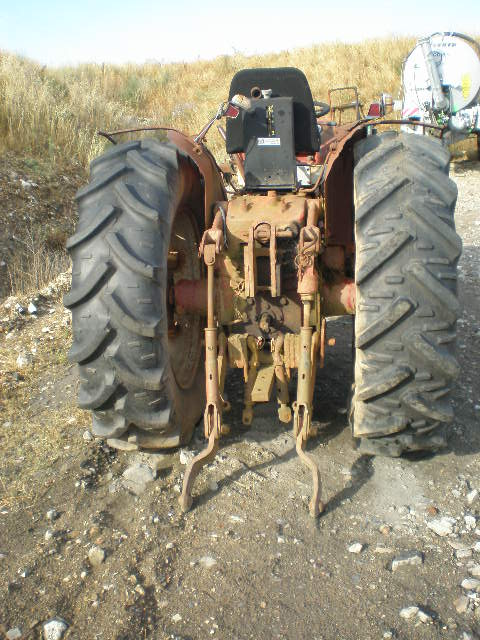 TRACTEUR INTERNATIONAL V353