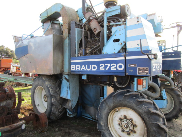 MACHINE A VENDANGER BRAUD 2720