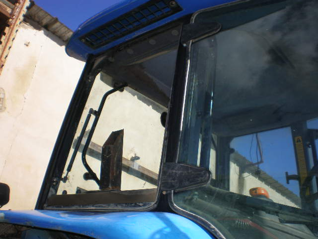 TRACTEUR NEW HOLLAND TM190