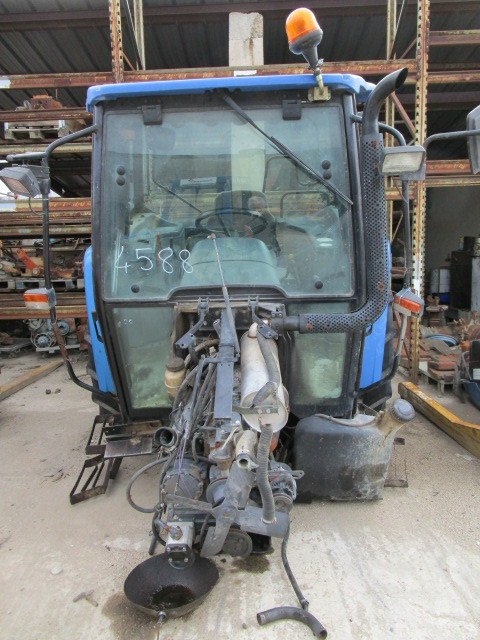 TRACTEUR NEW HOLLAND TL70