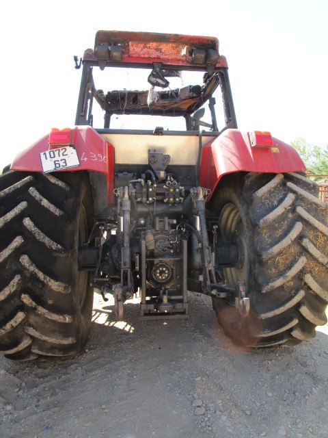 TRACTEUR CASE CS130